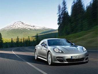 Самый мощный хэтчбек Porsche Panamera появится в апреле
