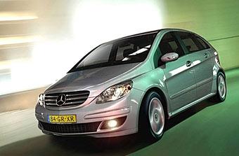 Mercedes-Benz отзывает 130 тысяч автомобилей