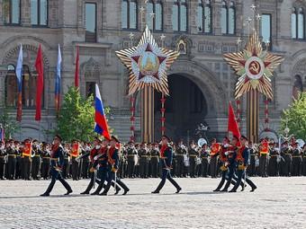 Из-за репетиций парада Победы в Москве ограничат движение
