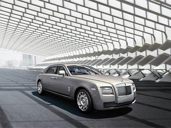Удлиненный седан Rolls-Royce Ghost показали в Китае
