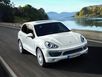 Внедорожники Porsche Cayenne станут мощнее и экономичнее