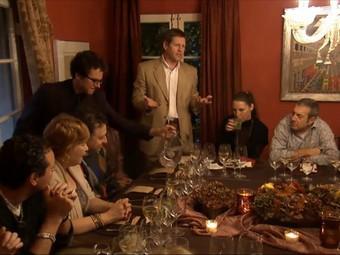 """Компания Lexus позвала своих клиентов на """"семейный ужин"""""""
