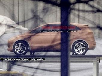 Шпионы сфотографировали дизайн-макет нового Mercedes-Benz A-Class