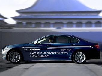 """Компания BMW сообщила подробности о гибридной """"пятерке"""" для китайцев"""