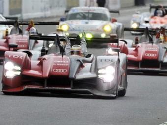 """Гонщики Audi выиграли """"24 часа Ле-Мана"""""""
