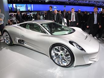Jaguar подумает о запуске гибридного суперкара C-X75 в серию