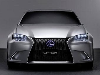 Lexus рассекретил предвестника седана GS нового поколения