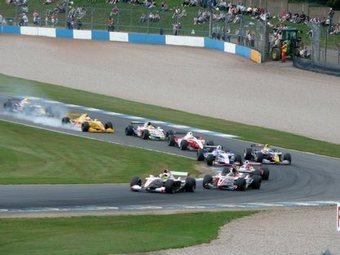 Топ-команды Формулы Renault 3.5 выбрали пилотов на новый сезон