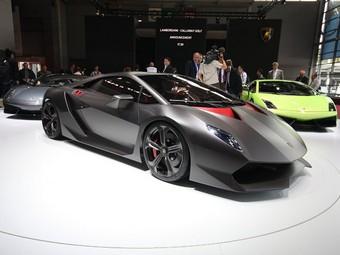 Глава Lamborghini подтвердил запуск в серию сверхлегкого концепт-кара
