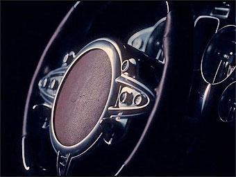 Компания Pagani показала в видеоролике кусочки нового суперкара
