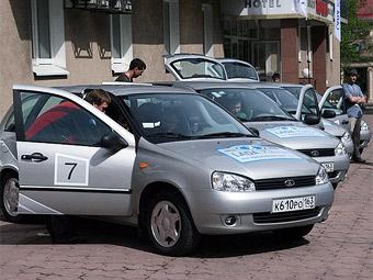 """Автомобили Lada получат """"автоматы"""" в 2012 году"""