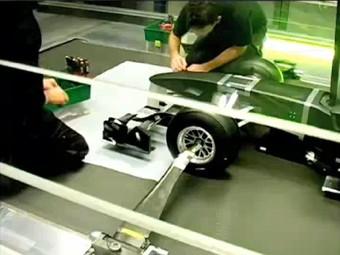 Представителей команды Формулы-1 Lotus вызвали в суд по делу о плагиате