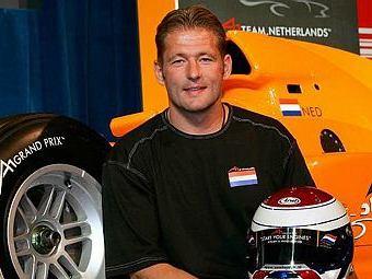 Йос Ферстаппен назвал Петрова худшим гонщиком сезона