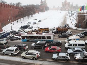 Лужковские меры по борьбе с пробками признали неэффективными