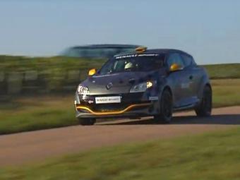 Компания Renault представила раллийный Megane RS