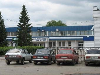 Иномарки не сумели вытеснить отечественные машины из малых и средних городов России