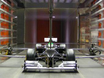 """Williams и Ferrari использовали для доводки своих болидов базу """"Тойоты"""""""