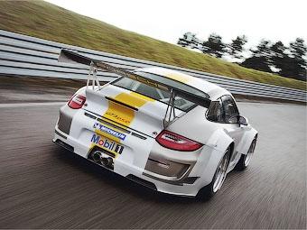 В Porsche обновили и сделали мощнее гоночный 911-й
