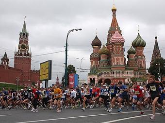 Центр Москвы закроют для транспорта из-за полумарафона
