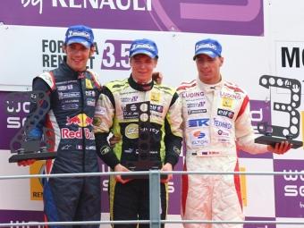 Мове поднялся на подиум в первой гонке Формулы-Renault 3.5 в Монце