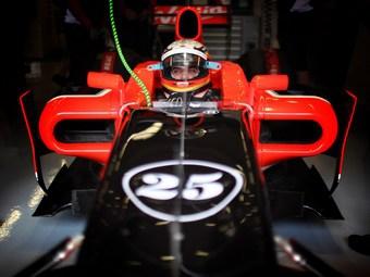 Пилот Marussia Virgin потеряет пять мест на старте гонки Формулы-1