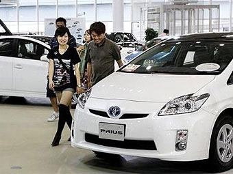 Продажи автомобилей в Японии упали до рекордно низкой отметки