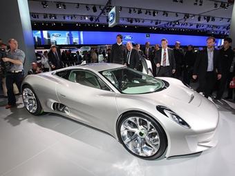 Компания Jaguar подтвердила запуск в серию гибридного суперкара