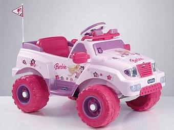 Британца лишили прав за езду на игрушечном автомобиле