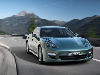 Хэтчбек Porsche Panamera получил дизельную версию