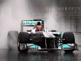 Непогода помешала планам команд Формулы-1 в последний день тестов