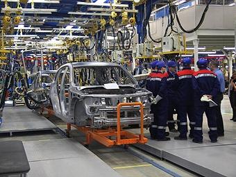 В России производство легковушек увеличилось в два раза