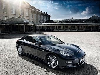 """Компания Porsche выпустит """"мини-Панамеру"""""""