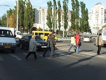 Четверть аварий в Москве происходит из-за пешеходов