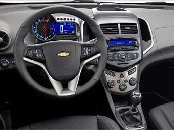 В сеть попали фотографии интерьеров четырех новинок Chevrolet