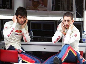 В Toro Rosso подтвердили контракты с Буэми и Альгерсуари