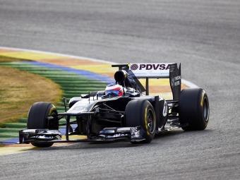 Новый болид Williams дебютировал на тестах в промежуточной раскраске