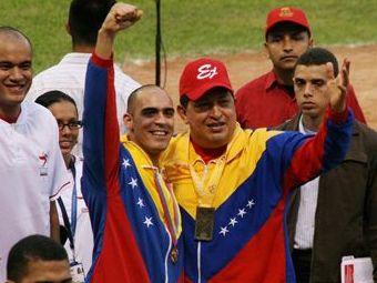 Уго Чавес заплатил за венесуэльского пилота Формулы-1