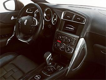 Появились фотографии интерьера прототипа новой модели Citroen