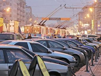 В Москве подсчитали количество недостающих парковочных мест