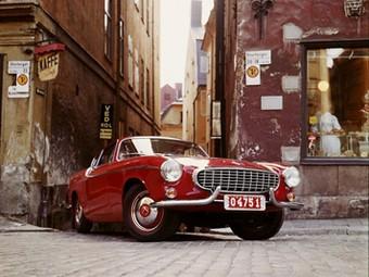 Volvo отметит 50-летие классического спорткара P1800