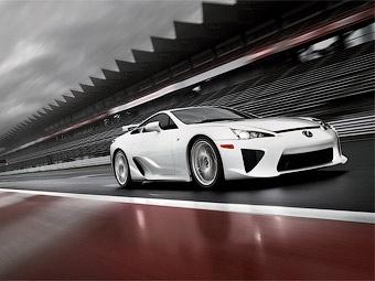 За три месяца японцы раскупили весь запас суперкаров Lexus LFA