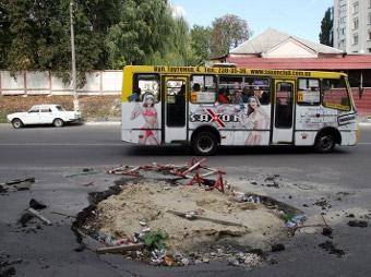 Грузовикам запретили передвигаться по Киеву из-за жары