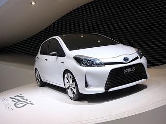 """Toyota показала прототип нового """"Яриса"""" для Европы"""
