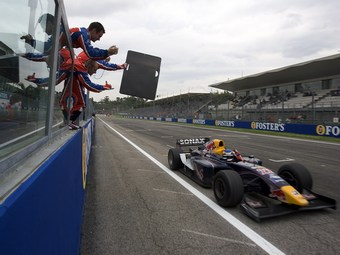 Гоночный сезон GP2 Asia завершится 20 марта в Имоле