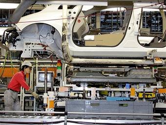 Японские автозаводы останутся закрытыми до конца недели