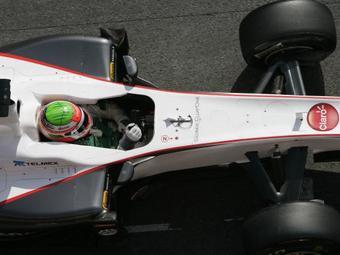 Серхио Перес на Sauber показал лучшее время на тестах Формулы-1 в Испании
