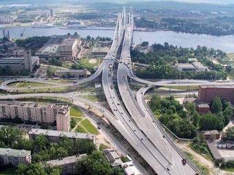 Кольцевую автодорогу вокруг Петербурга полностью откроют в октябре