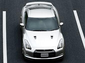 Nissan сделает суперкар GT-R мощнее