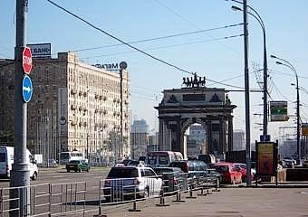 Дублер Кутузовского проспекта построят над железной дорогой