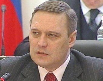 Касьянов повысил пошлины на ввоз старых грузовиков